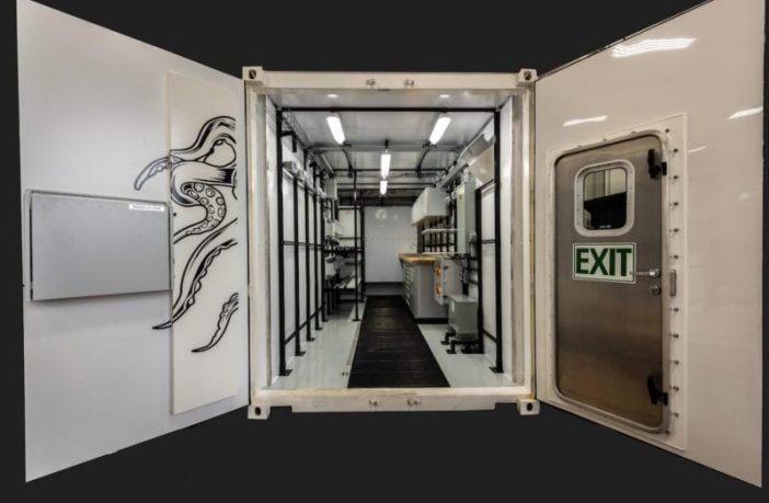 Inspirebox_steel_giraffe_container_3