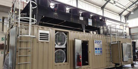 Un puissant groupe électrogène intégré dans un container