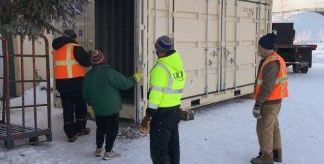 Des maisons semi-modulaires en Alaska grâce aux containers maritimes