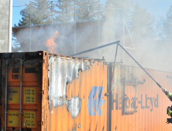 Un centre d'entraînement au feu en containers pour Chico