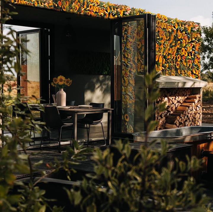 Inspirebox_The Interflora Sunflower Hotel_3